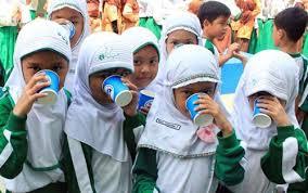 Tambah Gizi, Anak Sekolah Bakal Peroleh Jatah Minuman Susu
